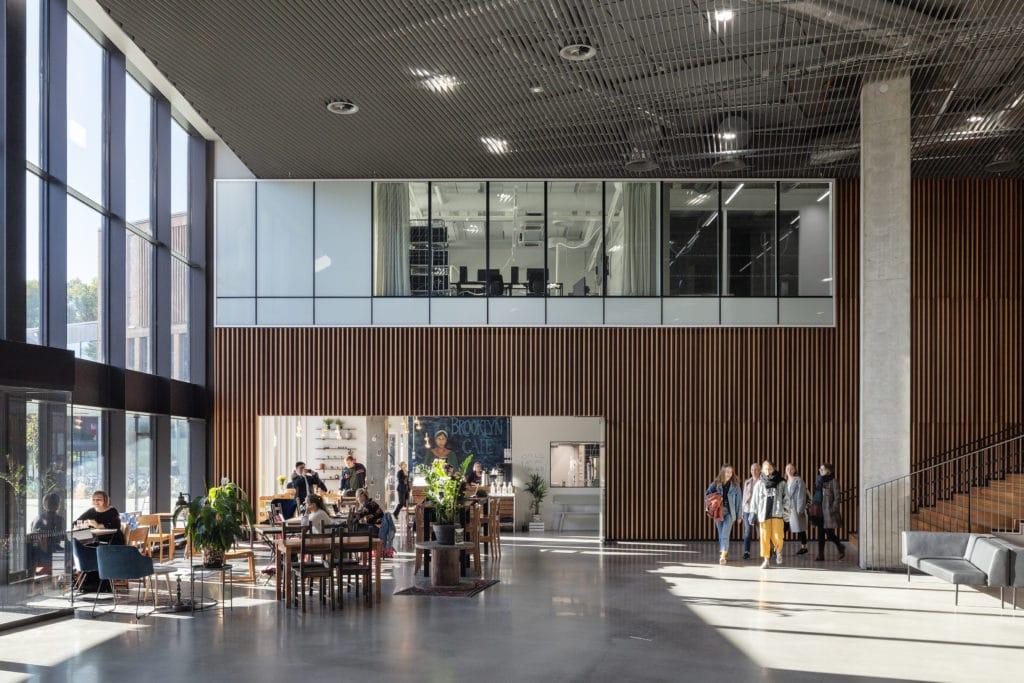 Väre, Aalto-yliopiston taiteiden ja suunnittelun korkeakoulu sisänäkymä