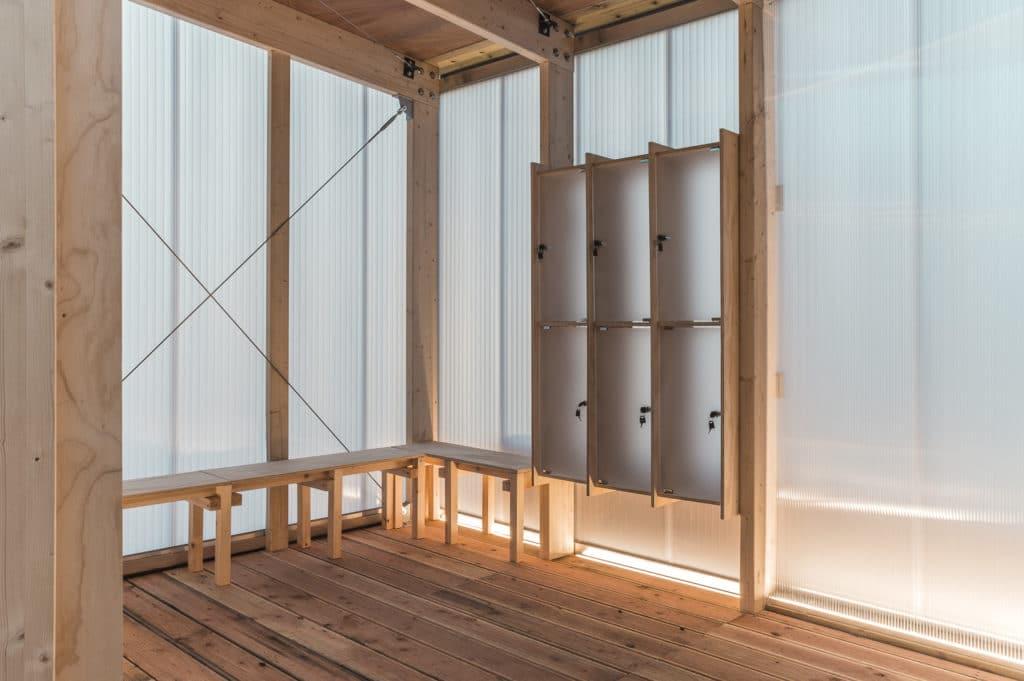 Finnish Rooftop Sauna sisänäkymä